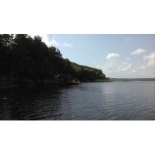 >В живописном месте вблизи водохранилища Старый Салтов продам участок