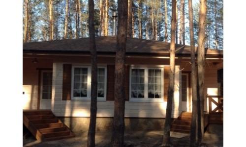 >Продам уютный деревянный дом в коттеджном поселке на берегу Печенежского вод-ща