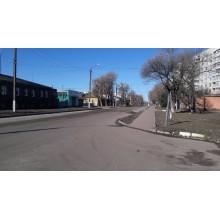 *продам 1 к.кв в центрегорода Чугуев