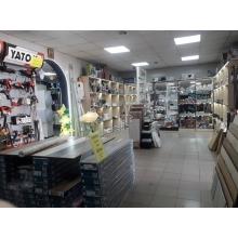 >В центре Чугуева продам действующий магазин