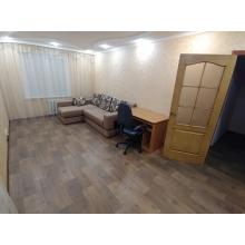 >Продам однокомнатную просторную и чистую квартиру с качественным и современным ремонтом